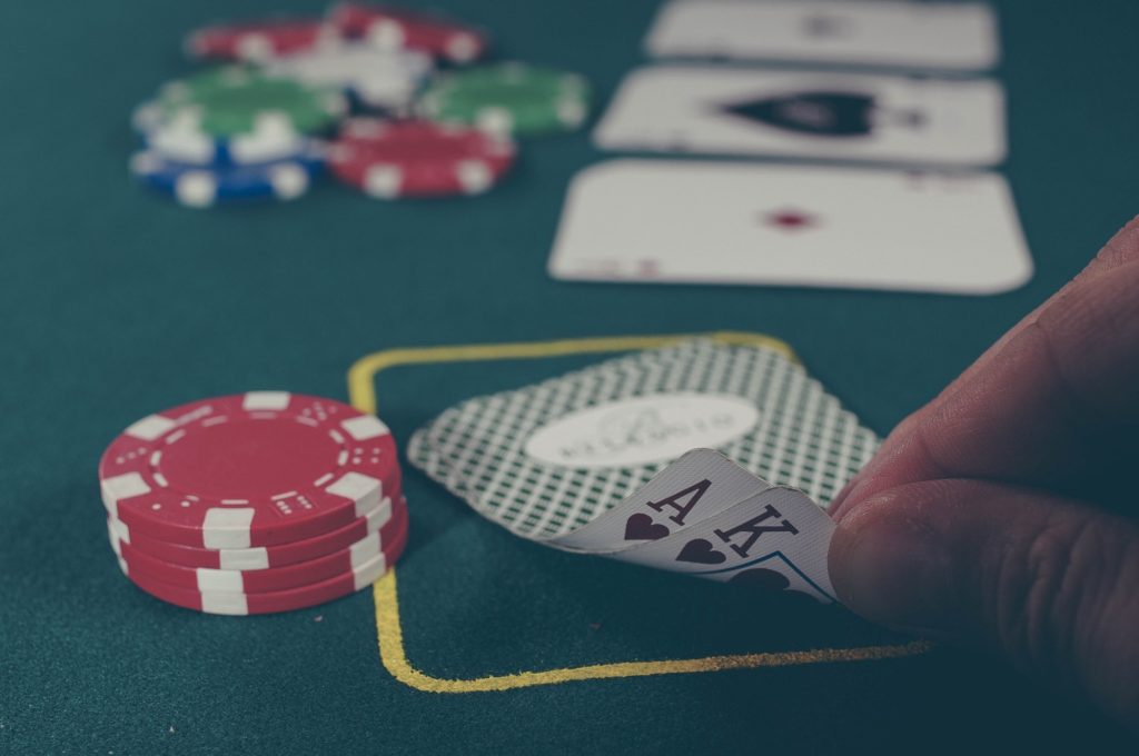 poker domino games